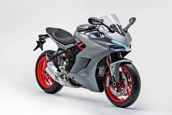 ducati_supersport_2018_new_grey_01_0.jpg