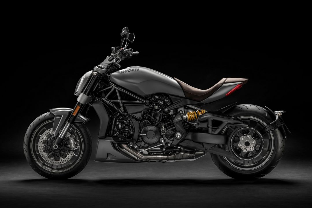 new-xdiavel-2019-diamond-like-coating